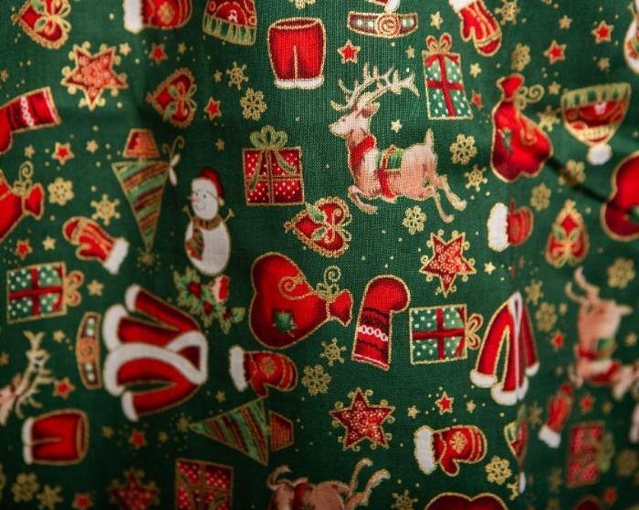 Reindeer And Snowman Short Sleeve Scrub Top 100% Cotton