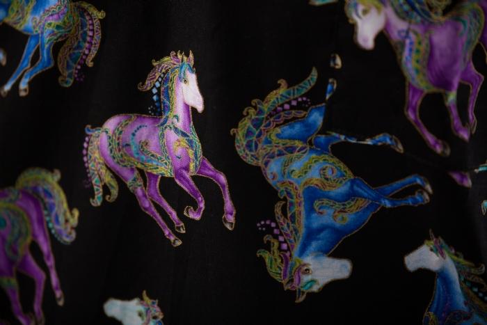 Retro Dancing Horses Short Sleeve Scrub Top 100% Cotton