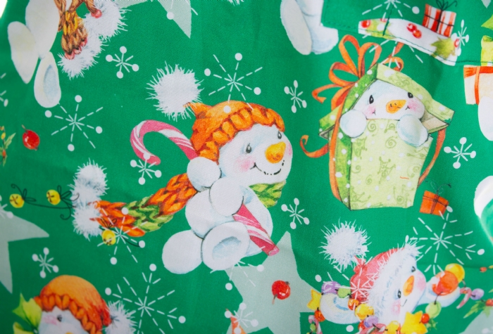 Green Snowman And The Star Short Sleeve Scrub Top 100% Cotton