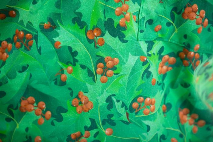Festive Berries Short Sleeve Scrub Top 100% Cotton